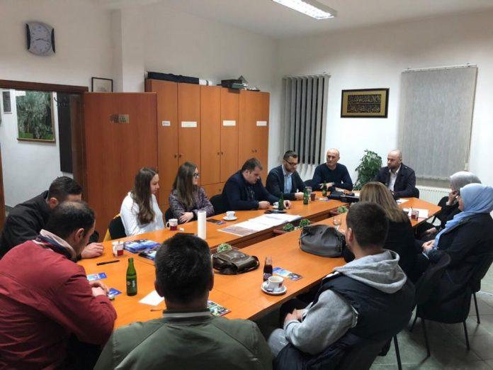 Nastavljeni sastanci Uprave Medžlisa sa mladima i ženama