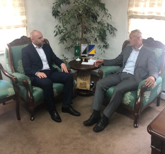 Glavni imam i predsjednik Medžlisa posjetili direktora Uprave za vjerske poslove Rijaseta