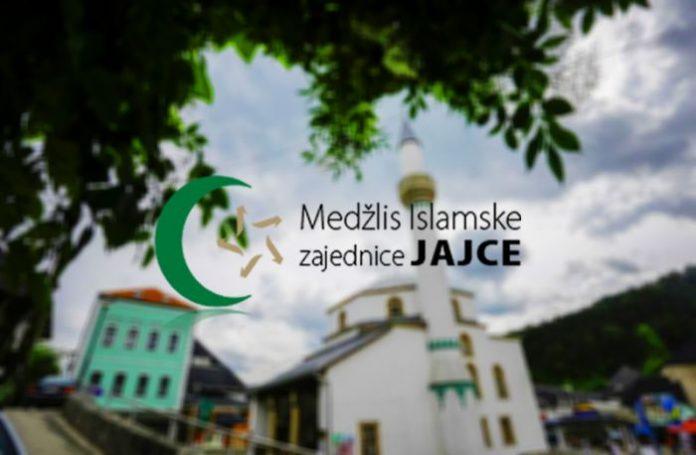 Čestitka MIZ Jajce učenicima i roditeljima Bošnjaka iz mjesta Vrbanjci – Kotor Varoš i advokatu Harisu Kaniži