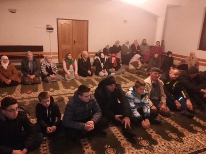 Održan sastanak u Lupnici (FOTO)