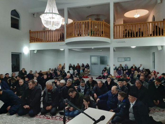 """Održano takmičenje u učenju Kur'ana """"Hind"""" u Vincu! (FOTO)"""