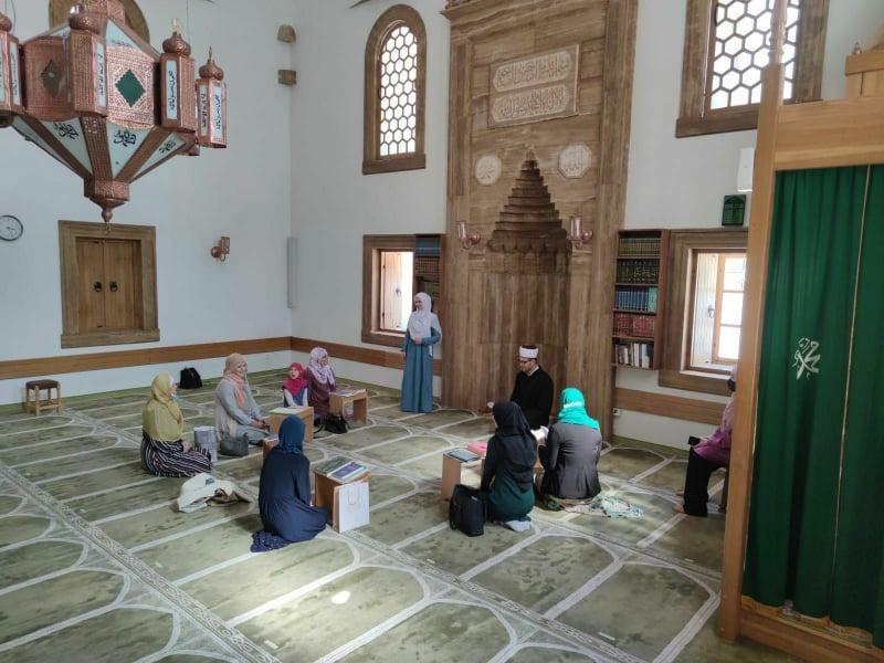 Tradicionalno obilježena Ramazanska noć žena u MIZ Jajce